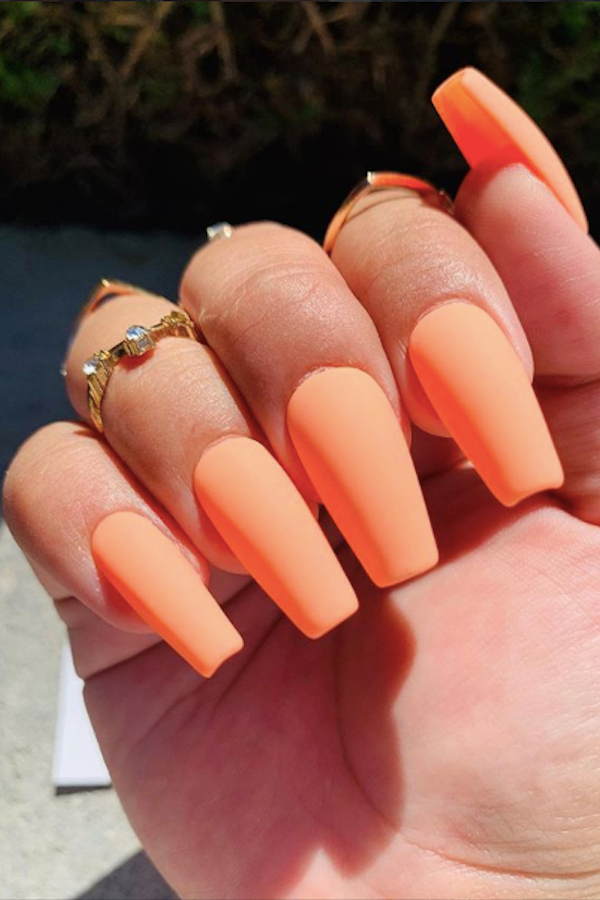 40 Nude Shining Stiletto Nail Designs with Different Accessories