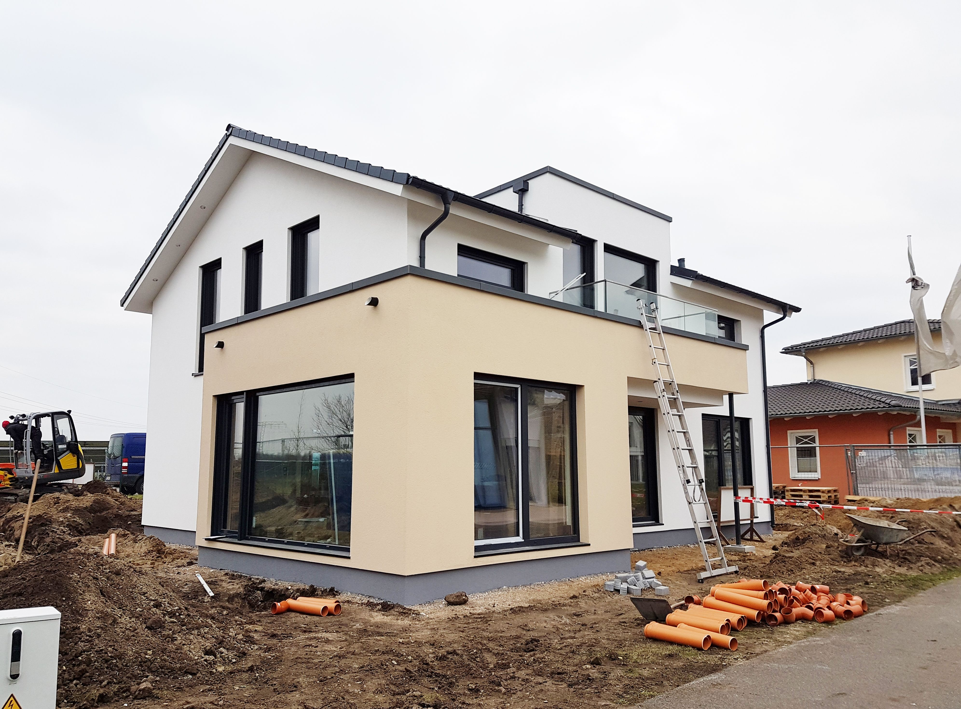 KW 49 / 2017 Das Gerüst ist abgebaut... die Außenfassade