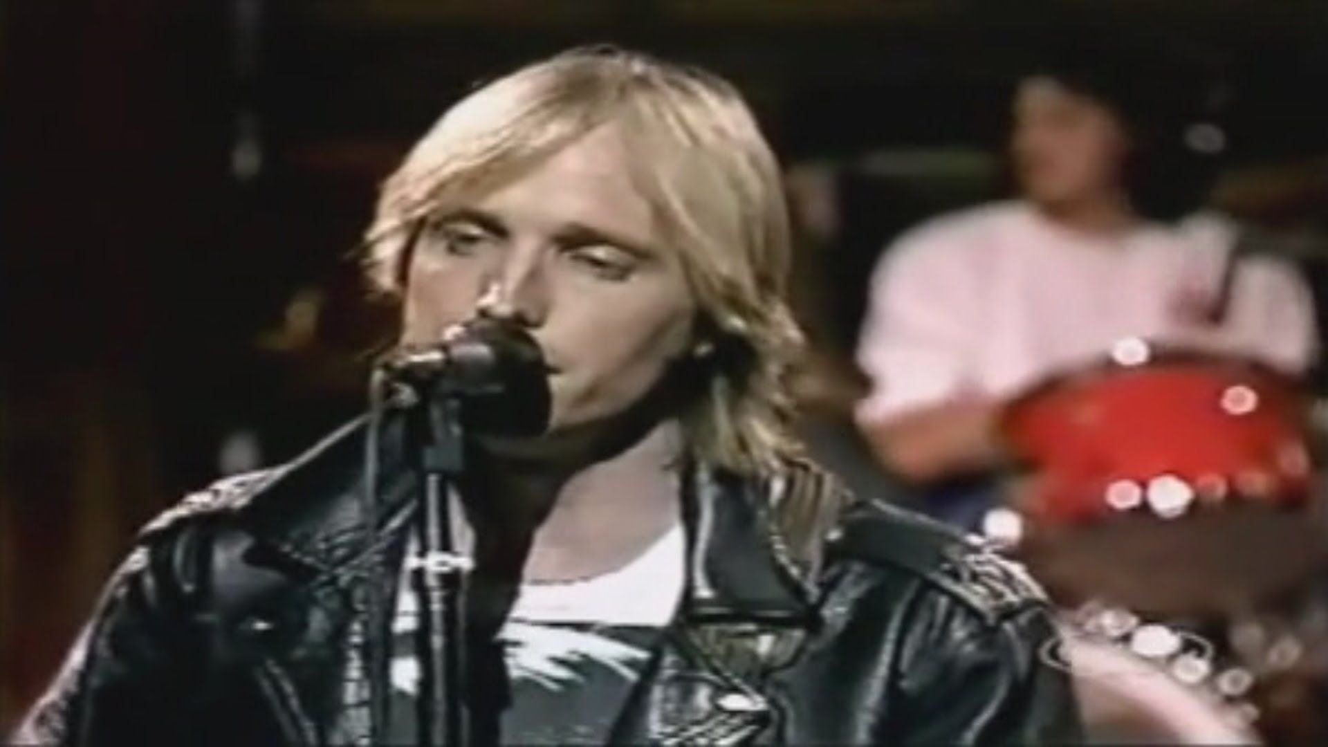 tom petty the heartbreakers change of heart snl 1983 anything that 39 s rock 39 n 39 roll 39 s. Black Bedroom Furniture Sets. Home Design Ideas