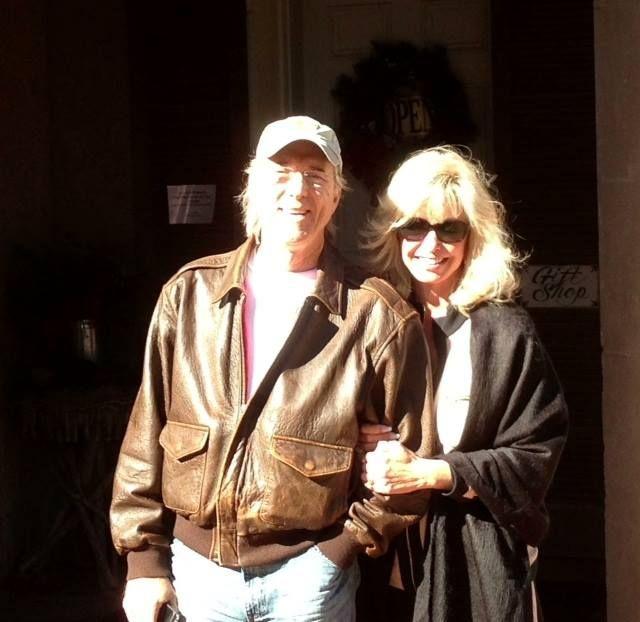 Gary Puckett con gentile, Moglie Lorrie