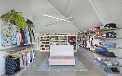 Closet embaixo da cama é solução para poucos metro...