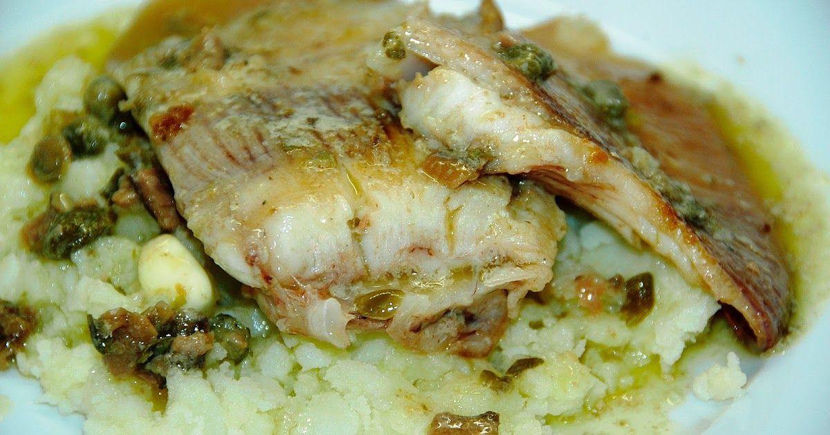 La Raya Es Un Pescado Que Para Mi Gusto En Según Qué Zonas Está Muy Poco Valorado ó Poco Conocido En Galicia Lo Bordan Pescado Recetas De Comida Patatas