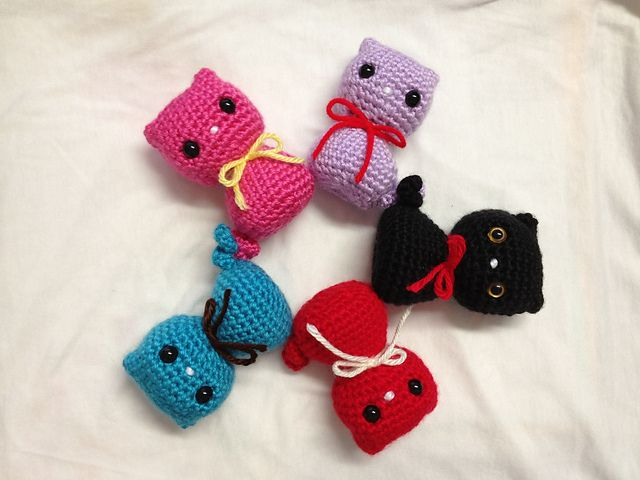 Ravelry Colorful Kitty Cat Toy Pattern By Dds Crochet Crochet Keychain Pattern Crochet Cat Pattern Crochet Cat Toys