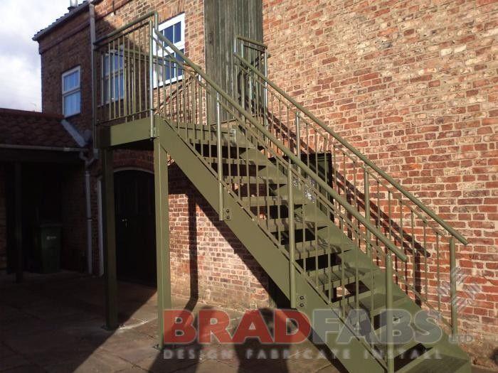 Best Straight Staircase Staircase Staircase Experts 400 x 300