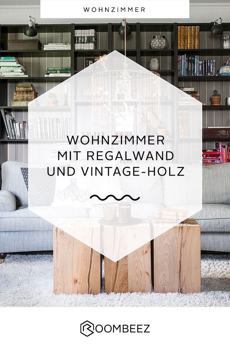 Klassisches Wohnzimmer » Regalwand und Vintage-Holz ...