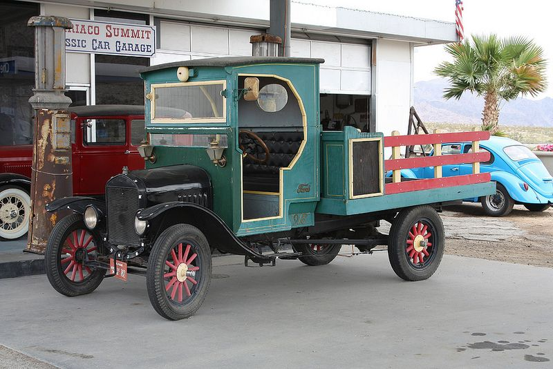 1918 Ford Model T Vintage trucks, Ford models, Antique