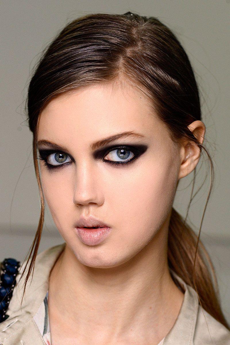 Bonito y cómodo peinados coleta baja Galería De Consejos De Color De Pelo - Coletas minimal | Belleza, Coletas, Coleta baja