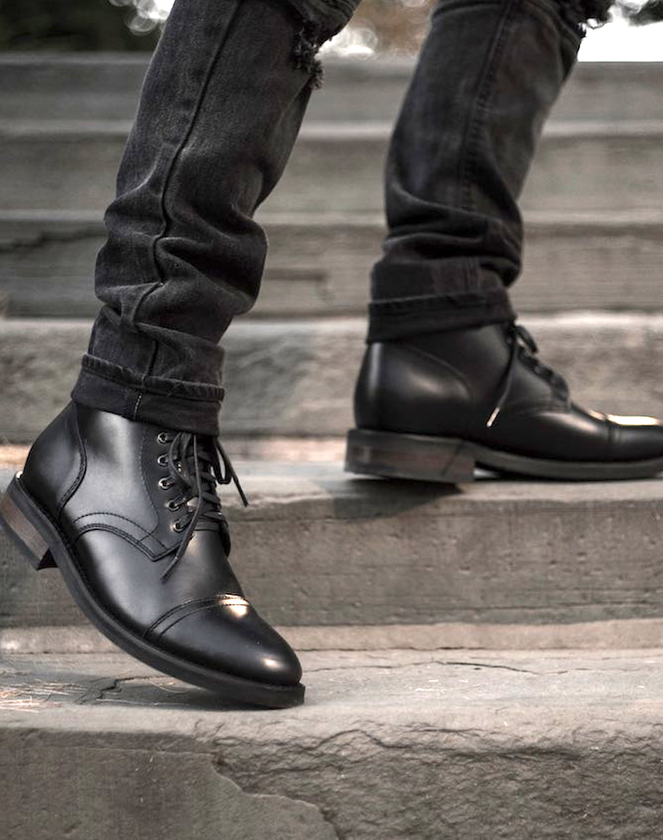5 Fall Winter Essentials For Men Who Like Being Warm But Fashionable What Do Men Need To Be Fashionabl Mens Boots Fashion Ankle Boots Men Leather Boots Men