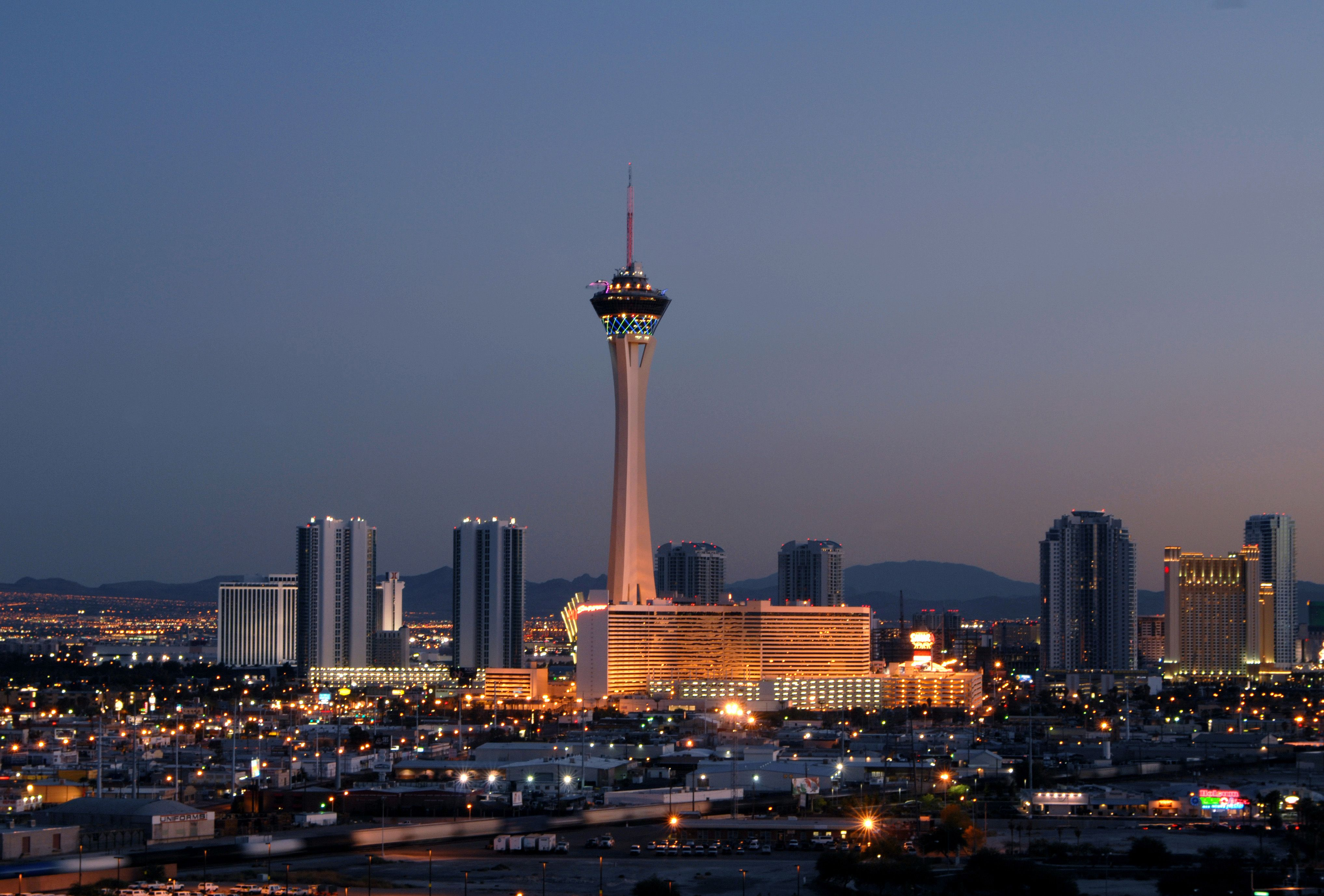 Las Vegas Stratosphere Tower Greets 40 Millionth Visitor