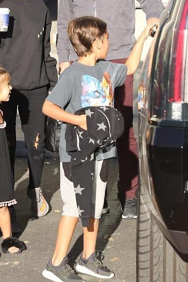 Adidas Tubular Grade School Black