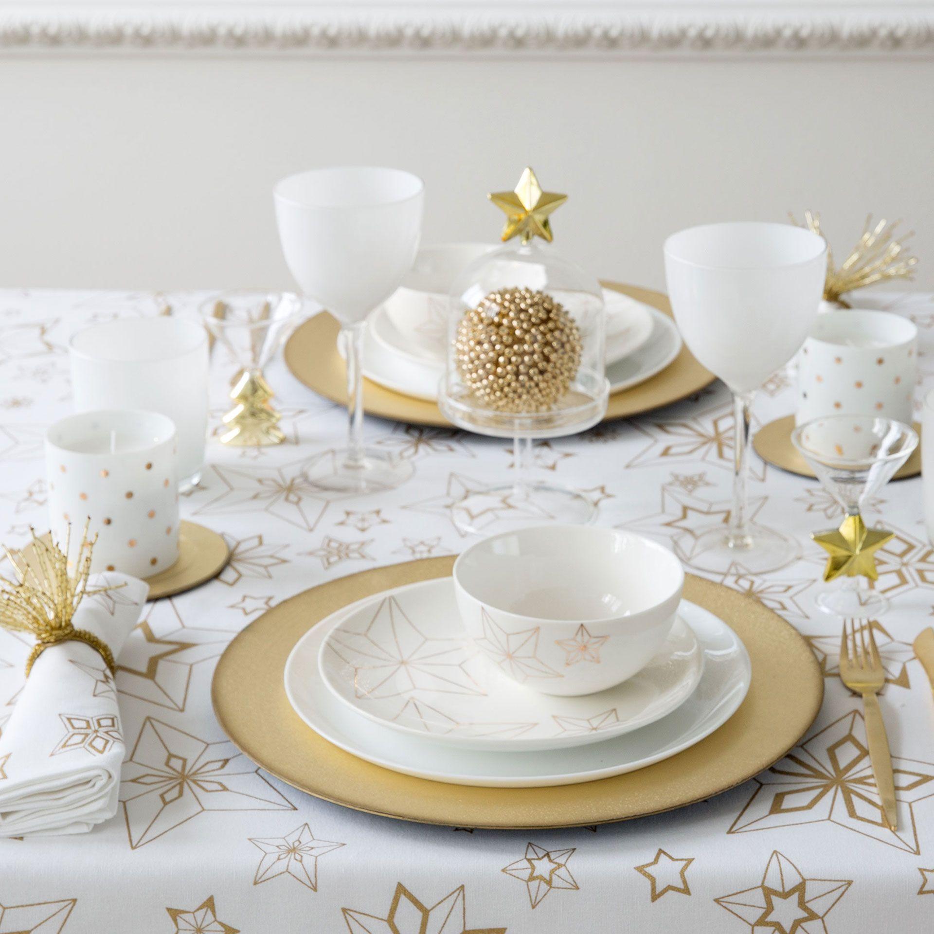Mantel y servilletas algod n estrellas geom tricas mesa for Servilletas papel zara home
