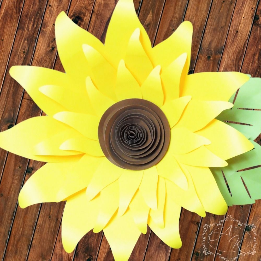 Giant Paper Sunflower Templates | Sunflowers, Template and Giant ...