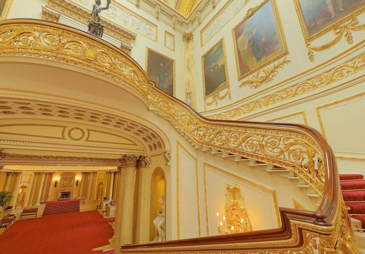 Best Have A Royal Weekend Modmissy With Images Staircase 400 x 300