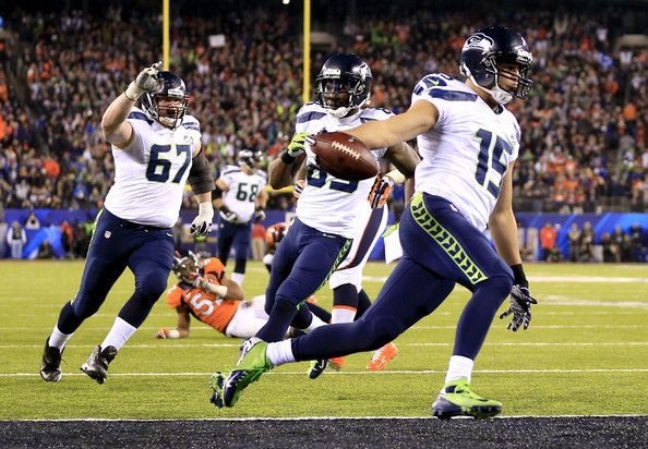 ... Jermaine Kearse Photos Photos - Wide receiver Jermaine Kearse 15 of the Seattle  Seahawks runs ... eaf0eb43e