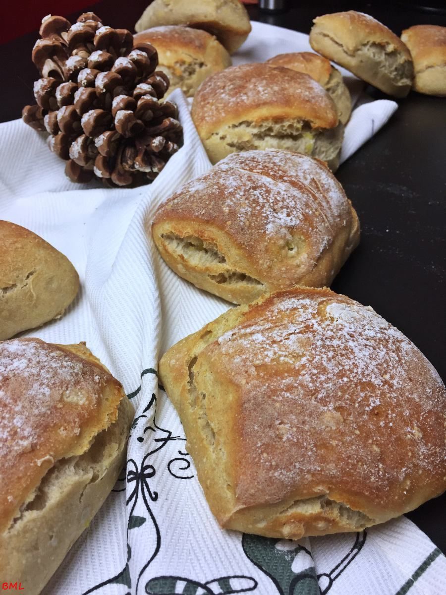 Potato Bürlis … delicious breakfast rolls with overnight cooking