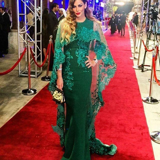 Arabic Green Celebrity Evening Dresses with Shrug Lace Appliques ...