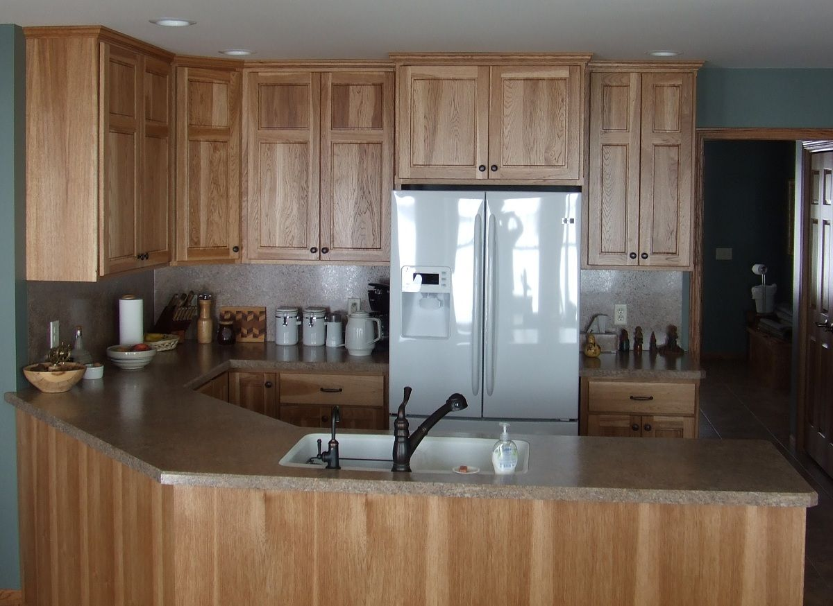 Hickory Kitchen Cabinets Cronen Cabinet And Flooring Hickory Kitchen Cabinets Kitchen Cabinets Hickory Cabinets