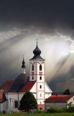 Church Near Zagreb Croatia It S Looks Like The Rays Of The Sun Is Shining Down From Heaven So Peaceful Amazing Buildings Church Steeple Croatia