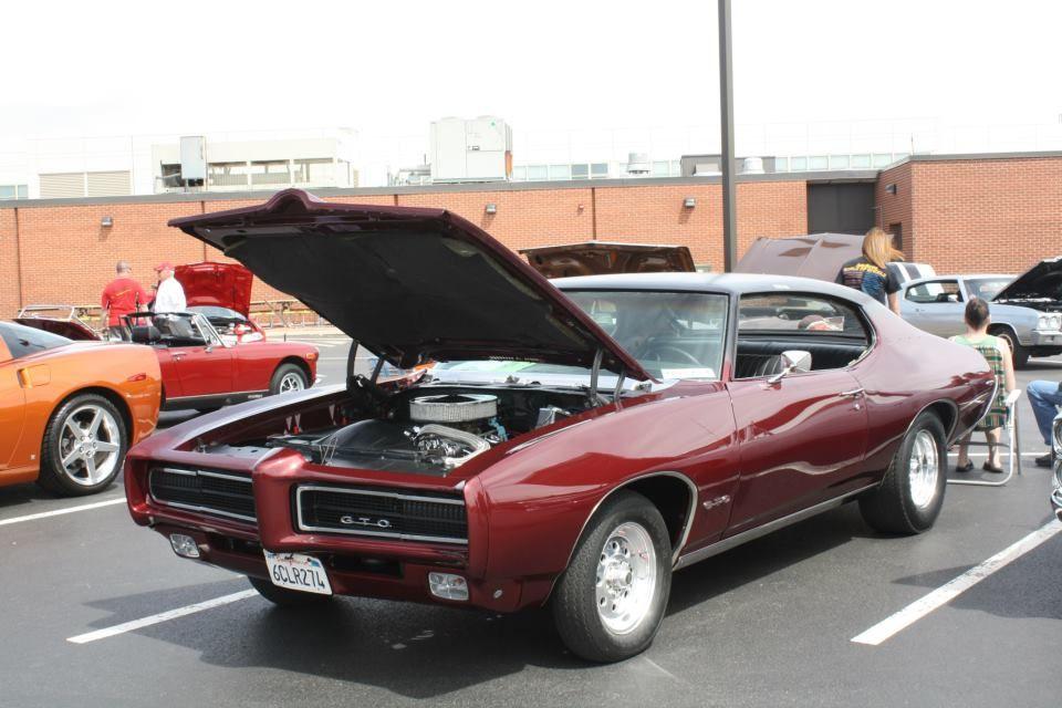 1969 Pontiac GTO at my school's car show  Originally a yellow with