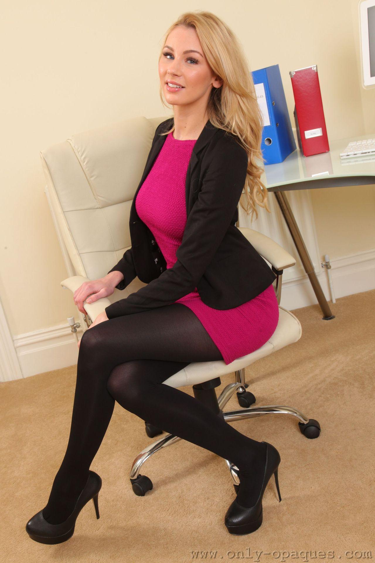 Sexy Secretary Penciled-in Style | Ideas: Work Wear ...