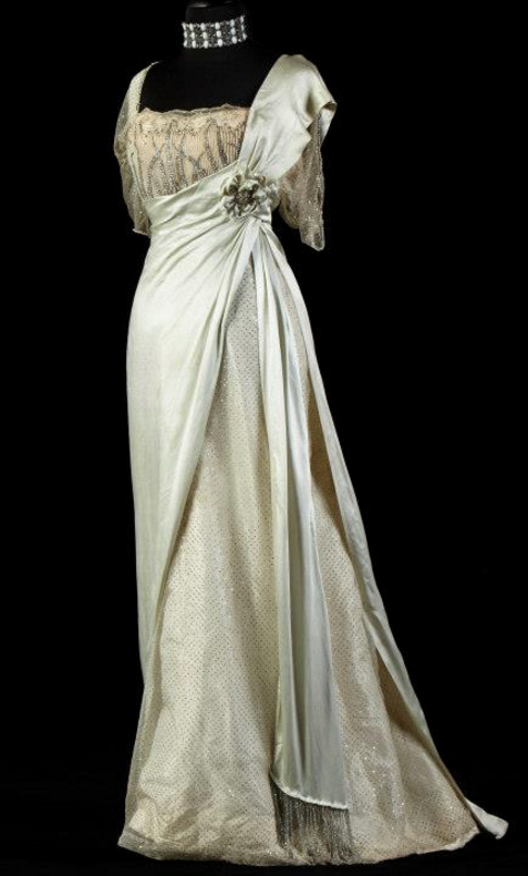 Evening gown, by the House of Worth, ca. 1910s | Past life ...