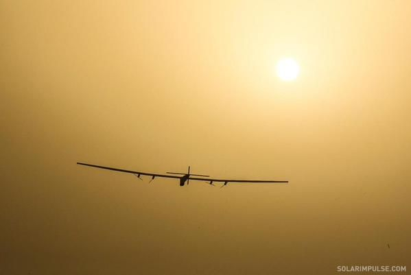 Solar Impulse 2 Finally Makes the Trans-Pacific Leap