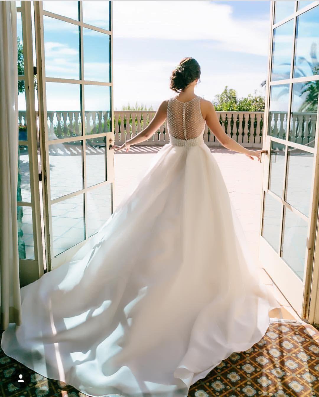 Bride Getting Ready Bel air bay club, Wedding