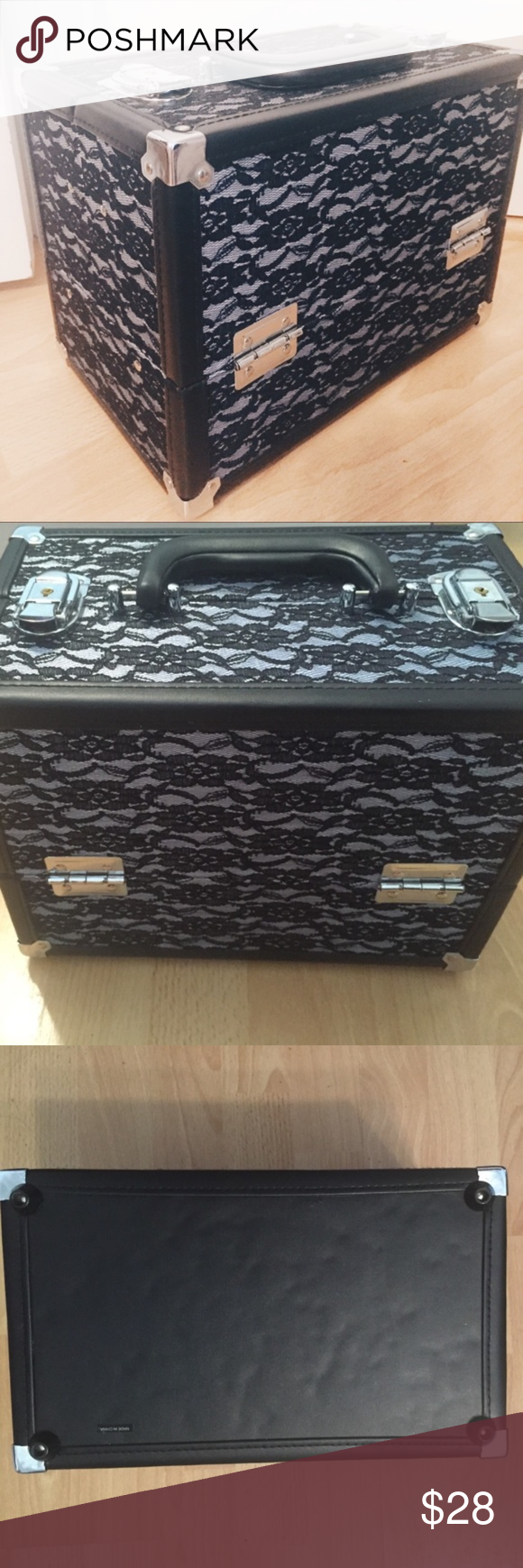 a7597cf45b Makeup Caboodle Rockstar Grande Cosmetic Case This used fashion-print  organizer features 1 large interior