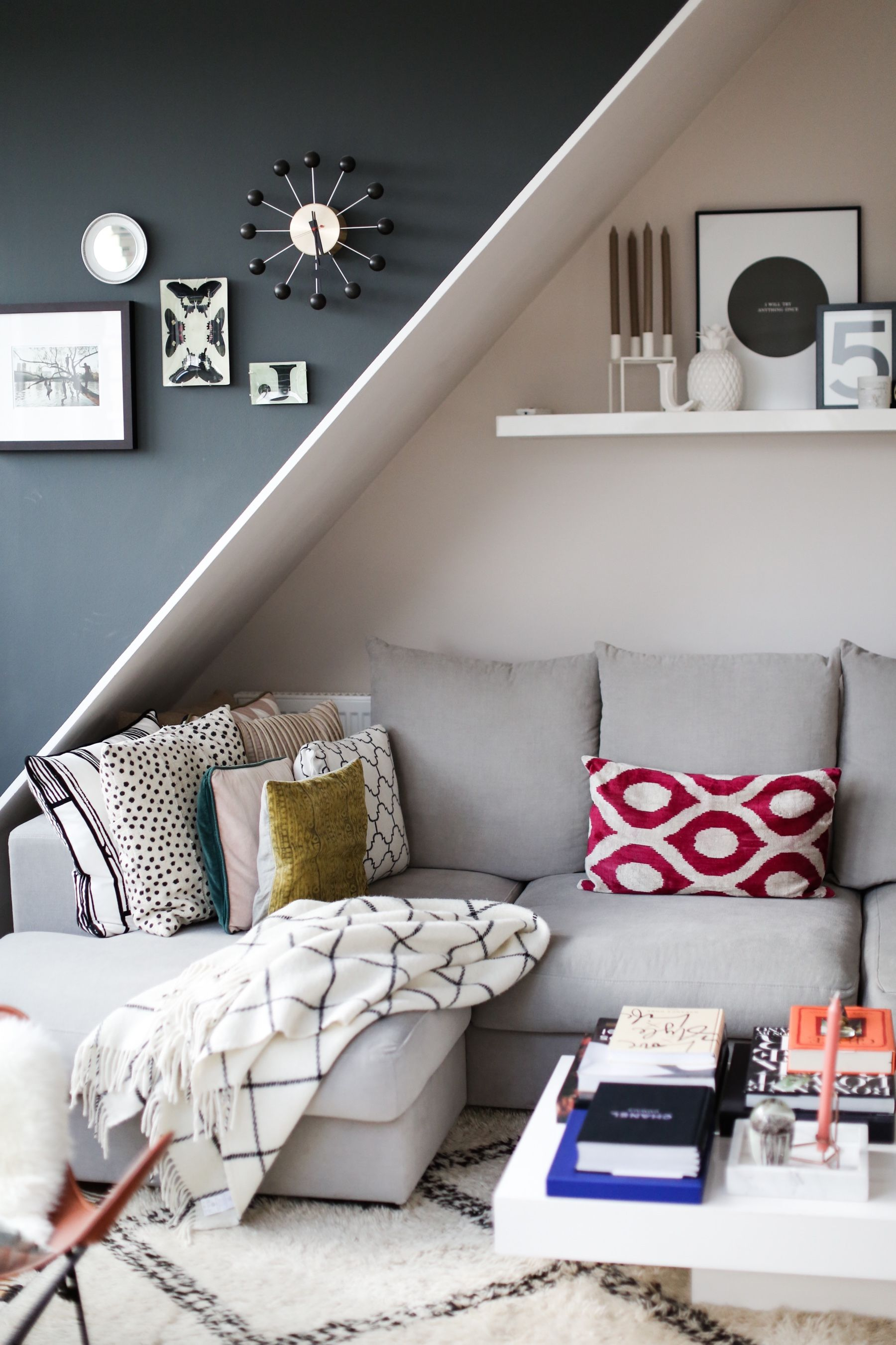 Style Shiver Interior | Livingroom Maisonette Wohnung   Cozy Couch