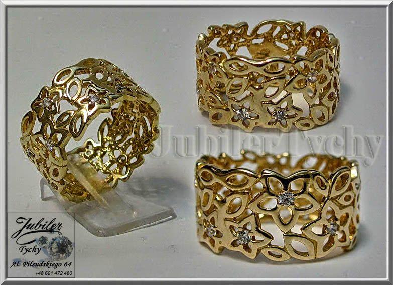 Duzy Zloty Pierscionek Kwiaty Zloto Au 585 Jubilertychy Zlotnik Tychy Decorative Boxes Decor Home Decor