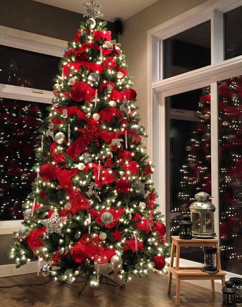 42 Amazing Christmas Lights Tree Decoration Ideas Pimphomee Fun Christmas Decorations Christmas Tree Inspiration Christmas Lights