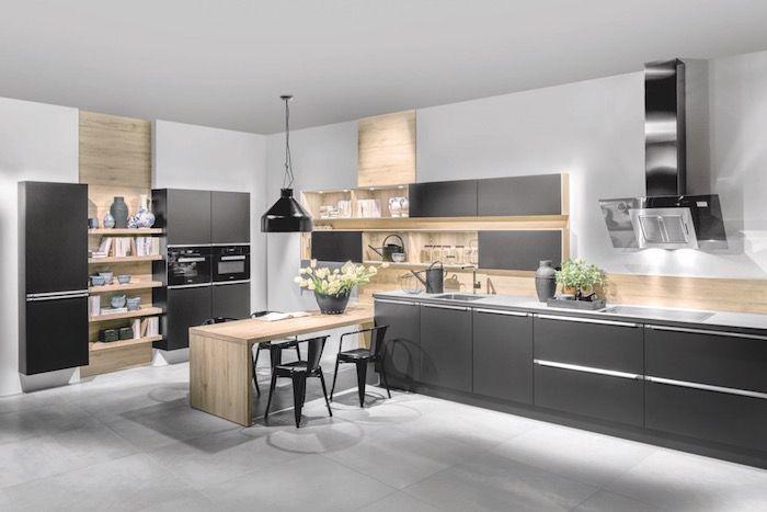 Cuisine Noir Mat Et Bois Elegance Et Sobriete Cuisine Moderne