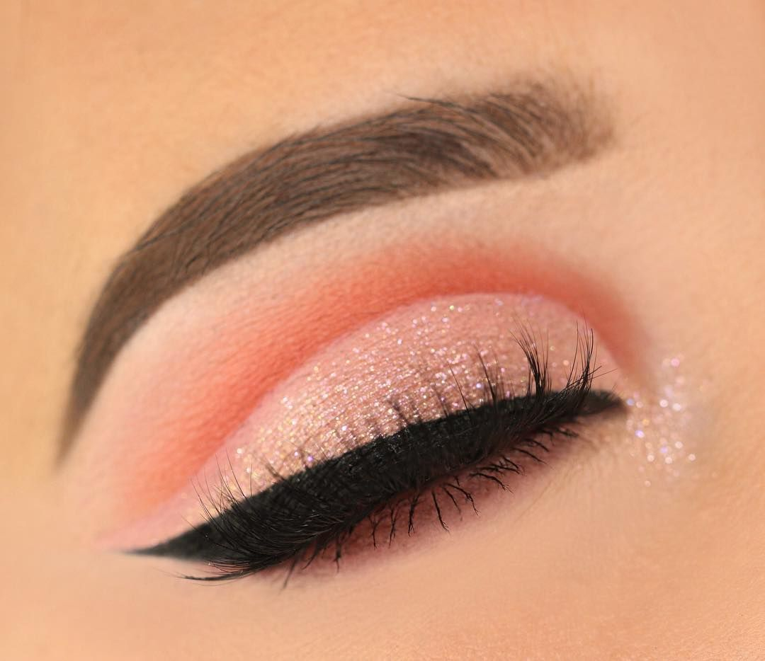 Fabulous eye makeup ideas make your eyes pop - AMC 119 pigment on lid + colour junkie cosmetics Autumn Palette #eyemakeup #makeup #eyes #beauty