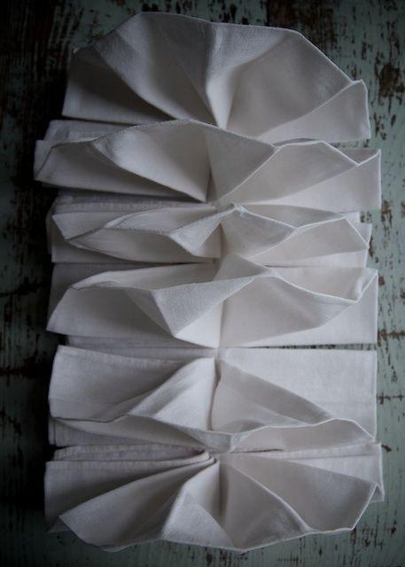 Pretty folded napkins. #Thanksgiving