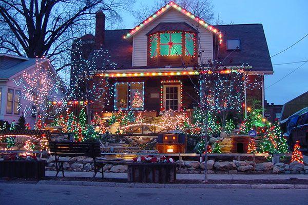 Christmas Lights St Louis Overland Ladue Houses