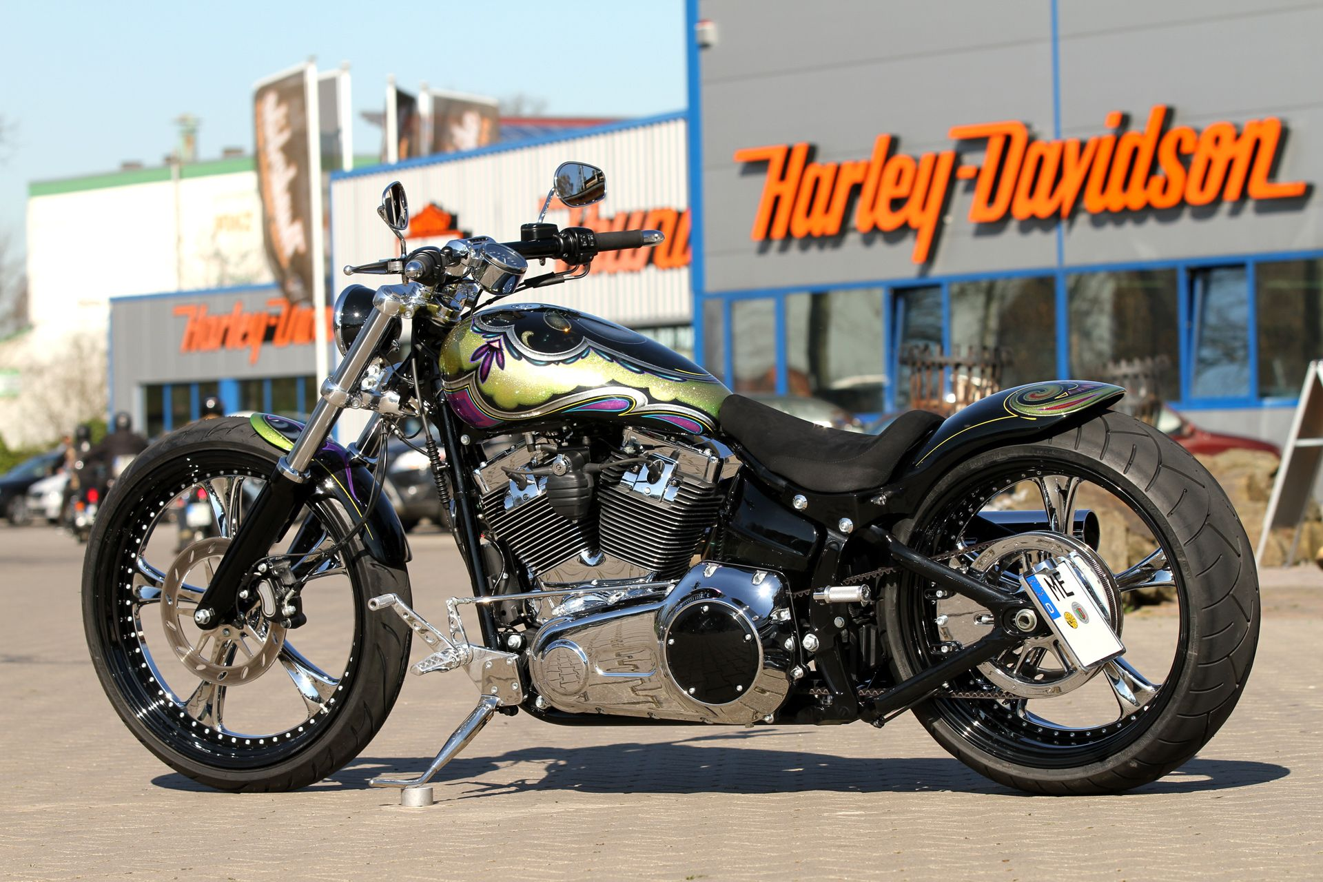 Thunderbike Fresh Out (customized #Harley Davidson Softail Breakout
