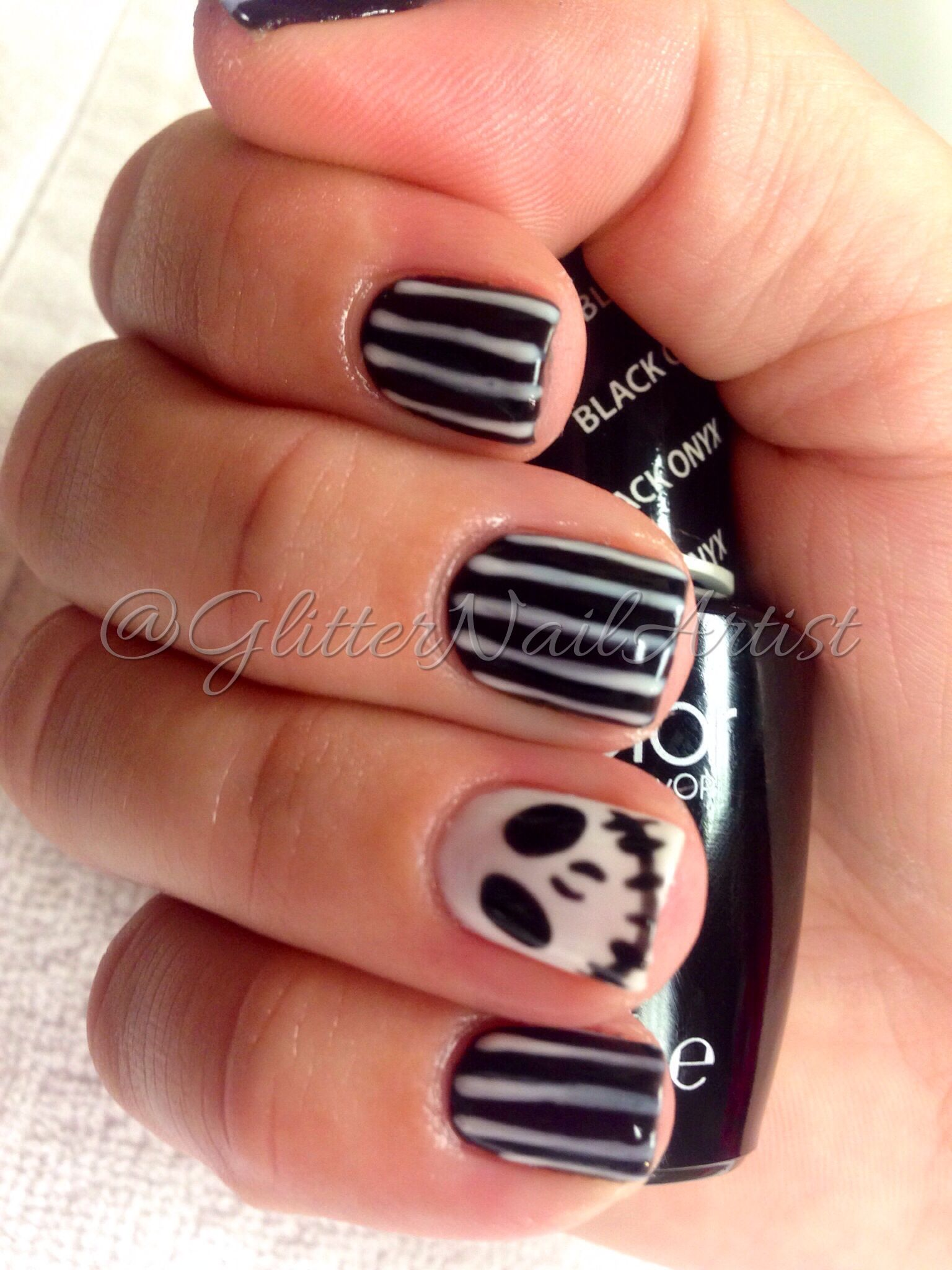 Pin By Michelle Andersen On Glitter Nail Artist Halloween Nails Gel Nails Hair And Nails