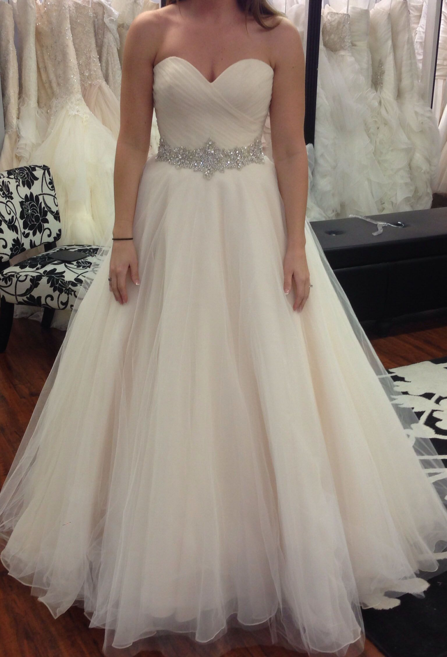 Pleated wedding dress  classical strapless sweetheart pleated long tulle bridal gown with