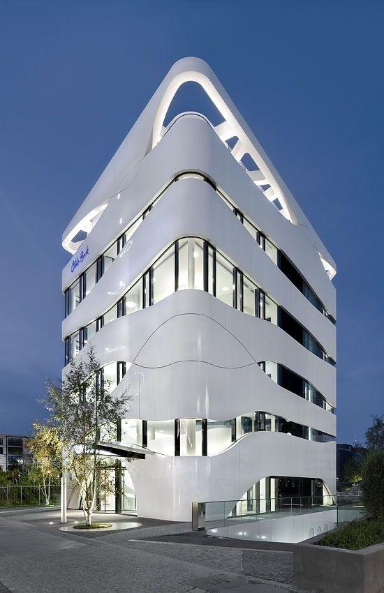 Otto bock healthcare by gn dinger architects berlin germany architektur futuristische - Futuristische architektur ...