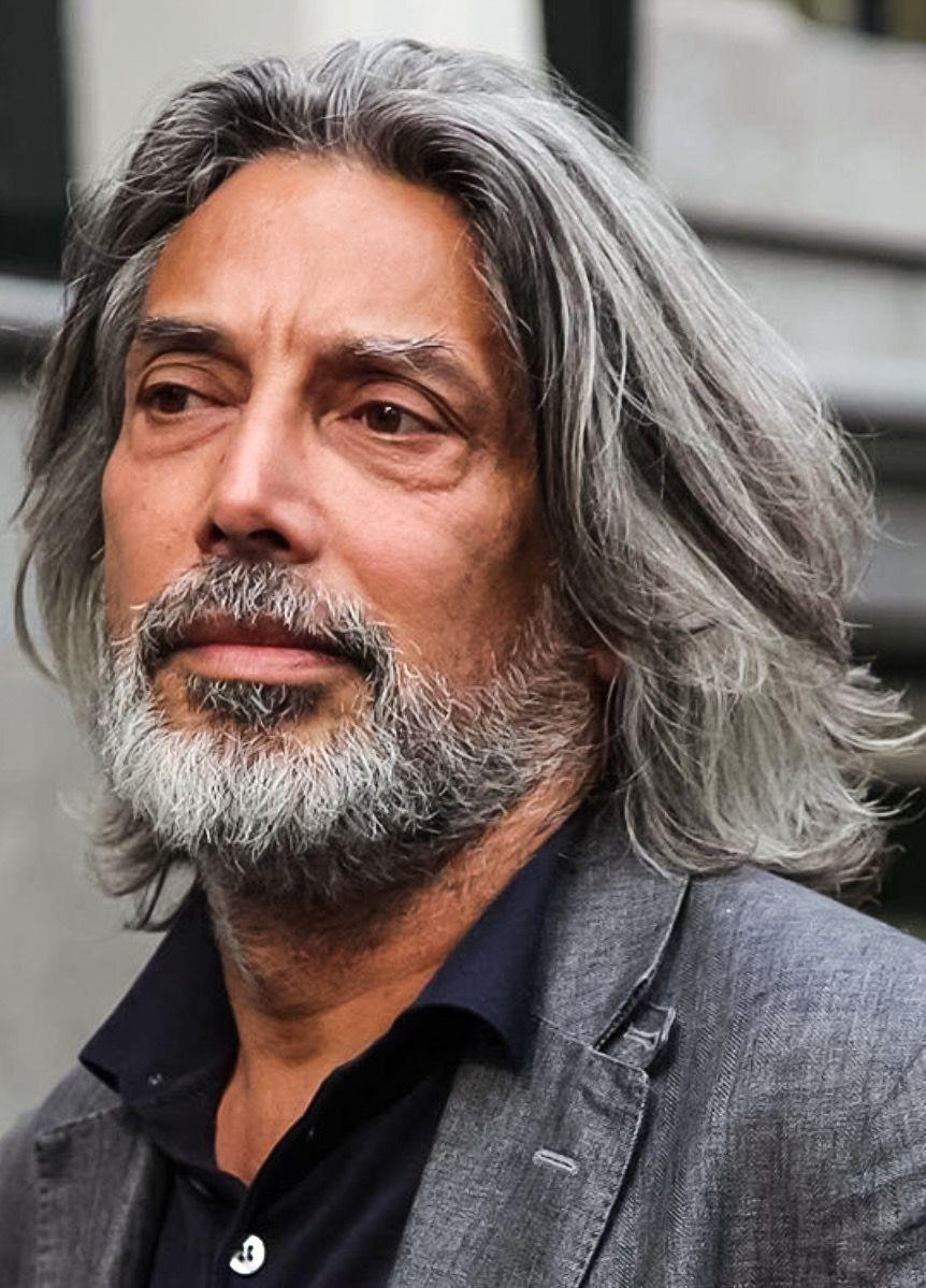 Pin By Robin Schmidt On Guystyle Grey Hair Men Long Hair Styles