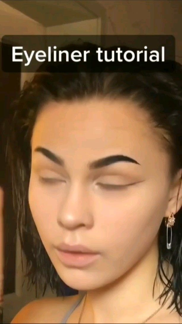 eyeliner tutorial!