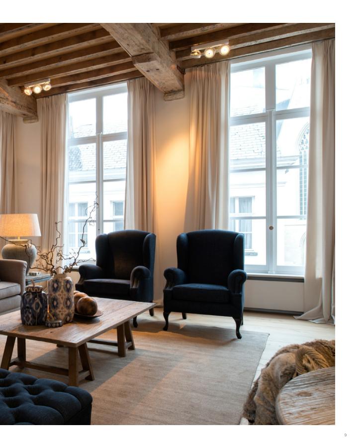 Catalogue charrell home interiors woonkamer pinterest plafond slaapkamer en zithoek for Moderne slaapkamer catalogus