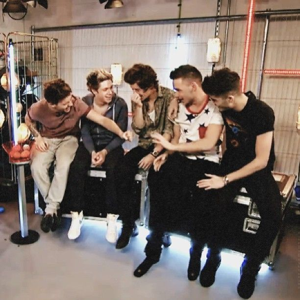 Http Www Youtube Com Watch V Eps9dy3uvra Check It Out One Direction One Direction Pictures I Love One Direction