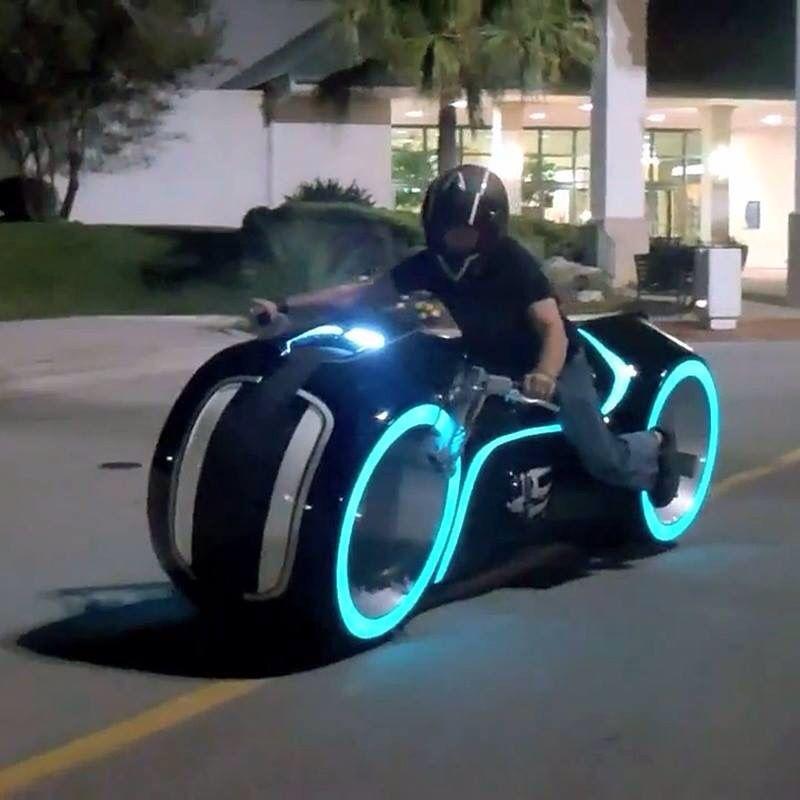 Tron Bike, Tron Light Cycle