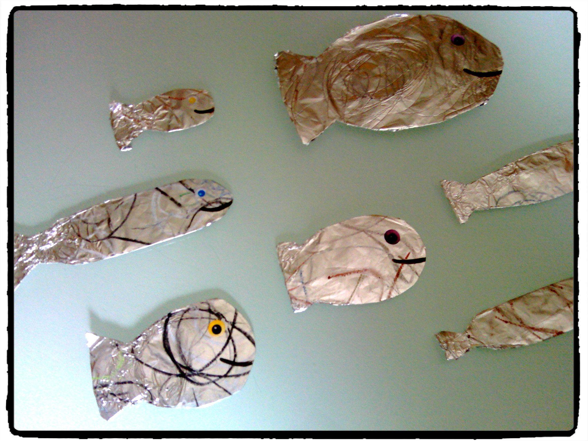 poisson d 39 avril en papier aluminium 1er avril bricolage. Black Bedroom Furniture Sets. Home Design Ideas