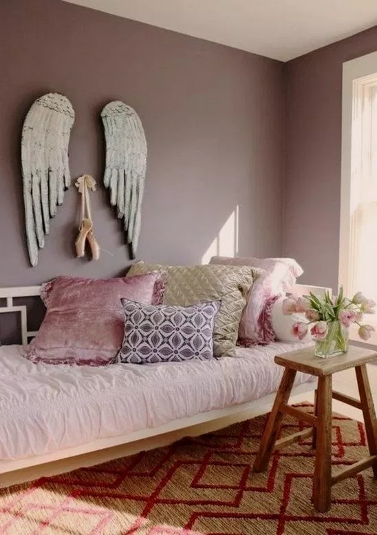 35 Cozy Pink Paradise Room Makeover 21 Room Mauve Bedroom