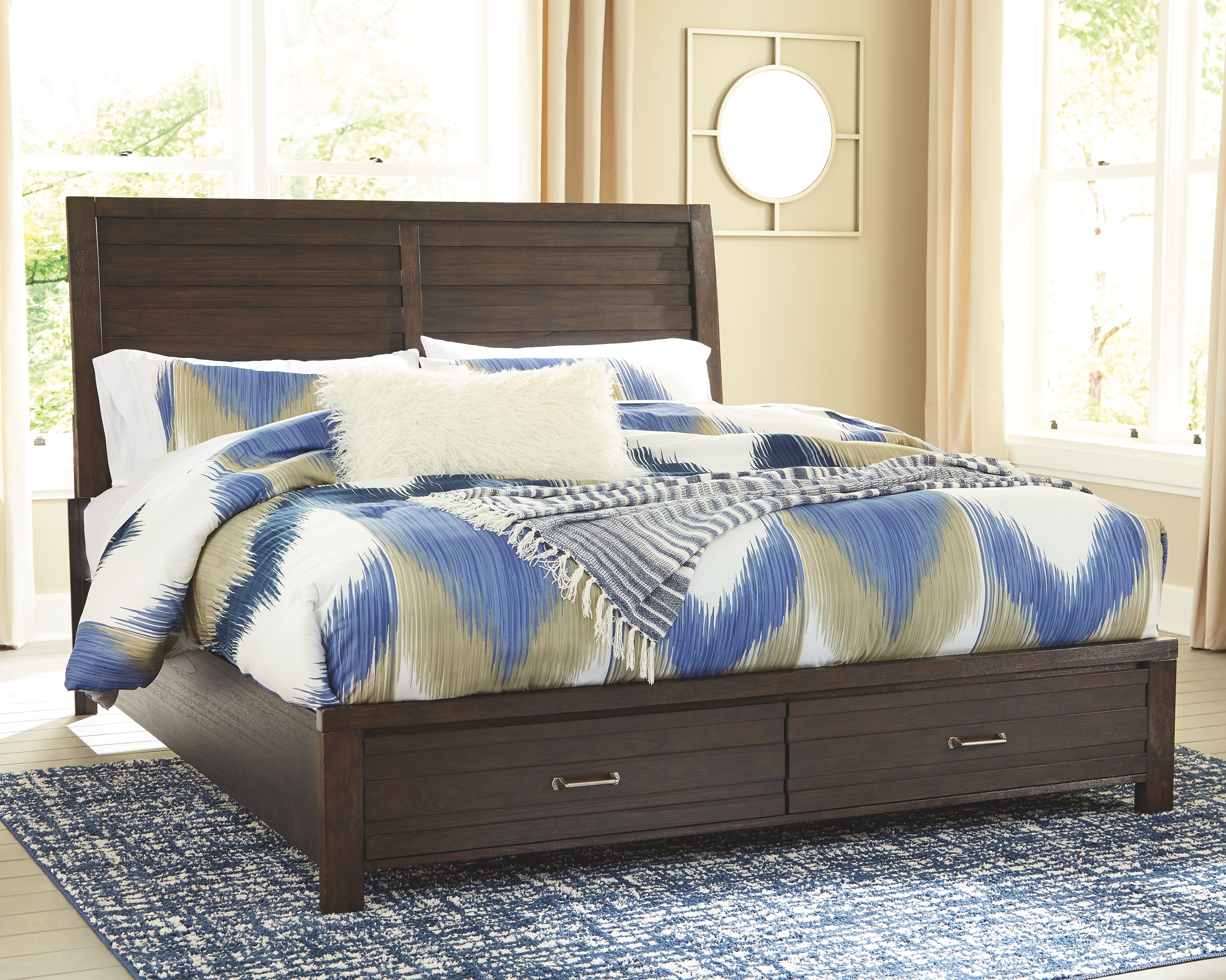 Darbry King Panel Bed With Storage Brown Panel Bed California - King Size Bett
