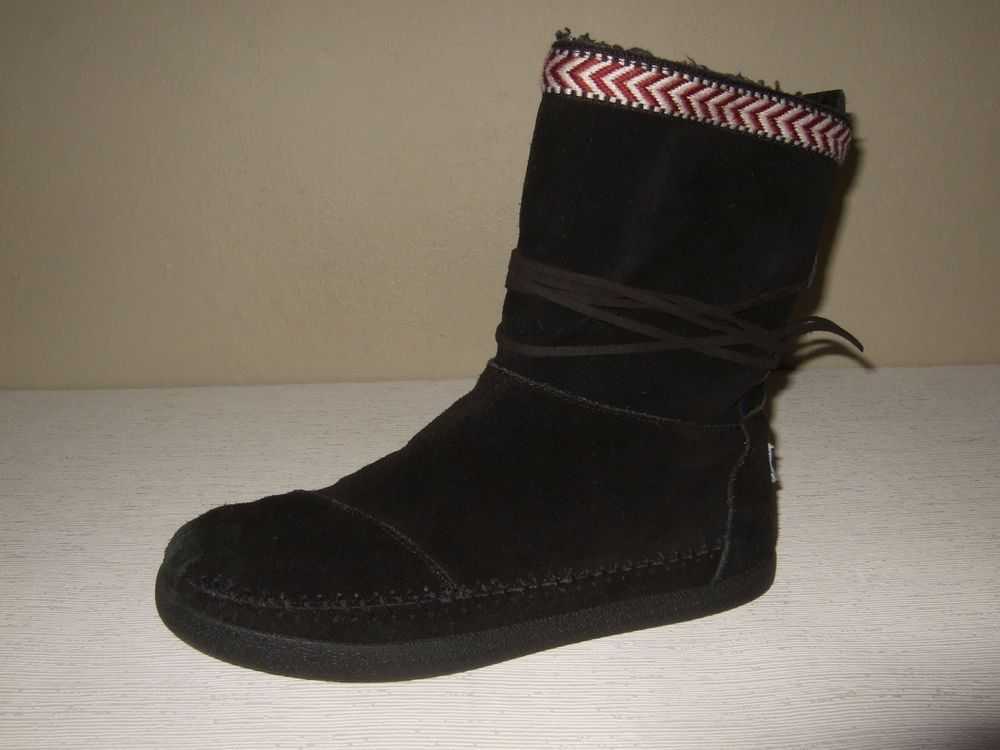 8e596637427 Tom s Nepal Black Suede Ankle Faux Shearling Lined Boots Womens Sz.8.5 US  Cute!  fashion  clothing  shoes  accessories  womensshoes  boots (ebay link)
