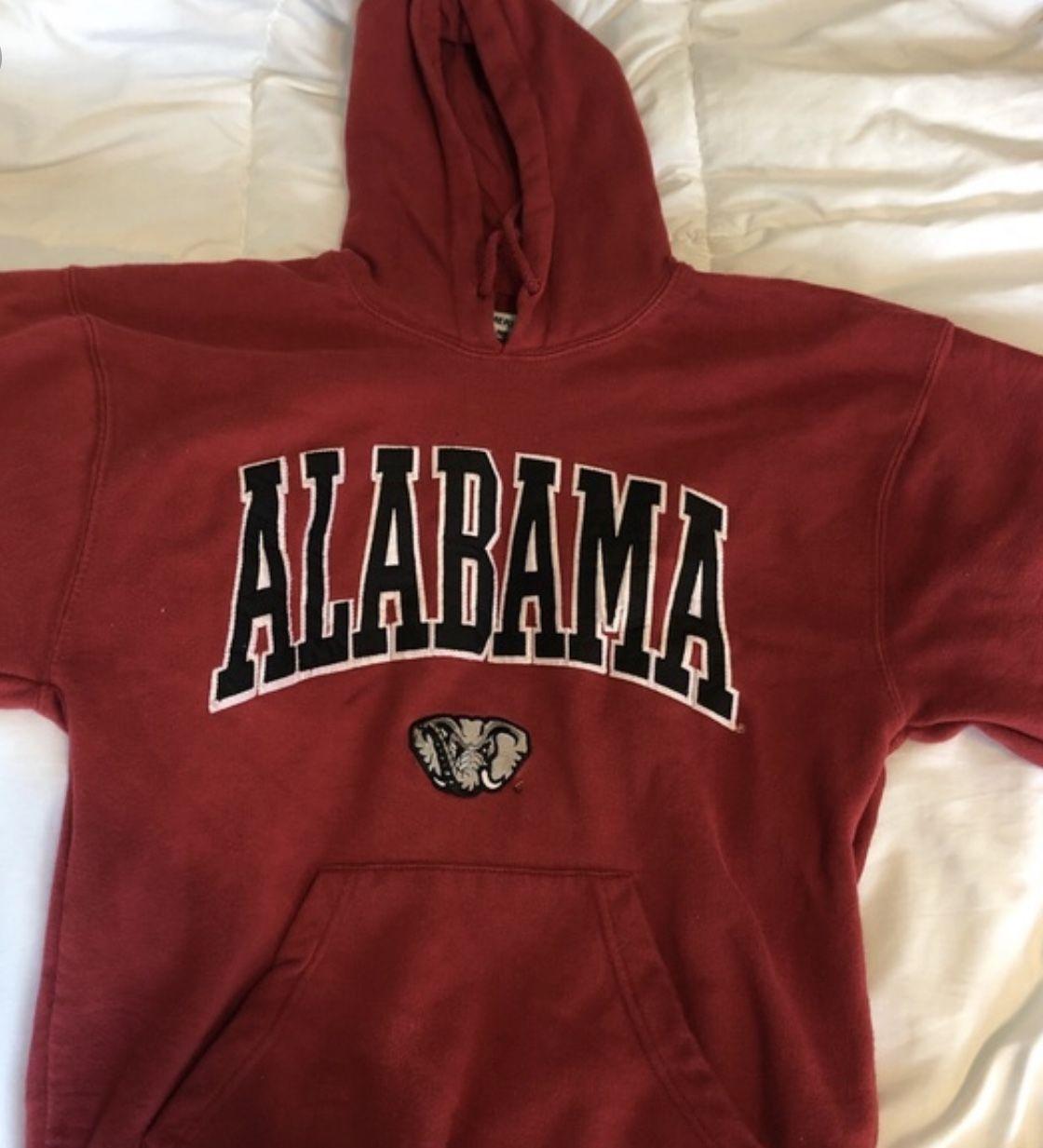 Pin By Sandy Ordonez On Being A Teenager College Sweatshirts Hoodie College Hoodies Simple Sweatshirt [ 1233 x 1120 Pixel ]