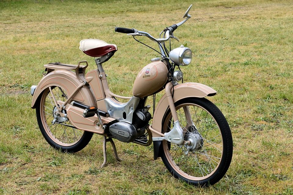Gratis Bild Pa Pixabay Moped Simson Sr2 Suhl Ddr Gamla